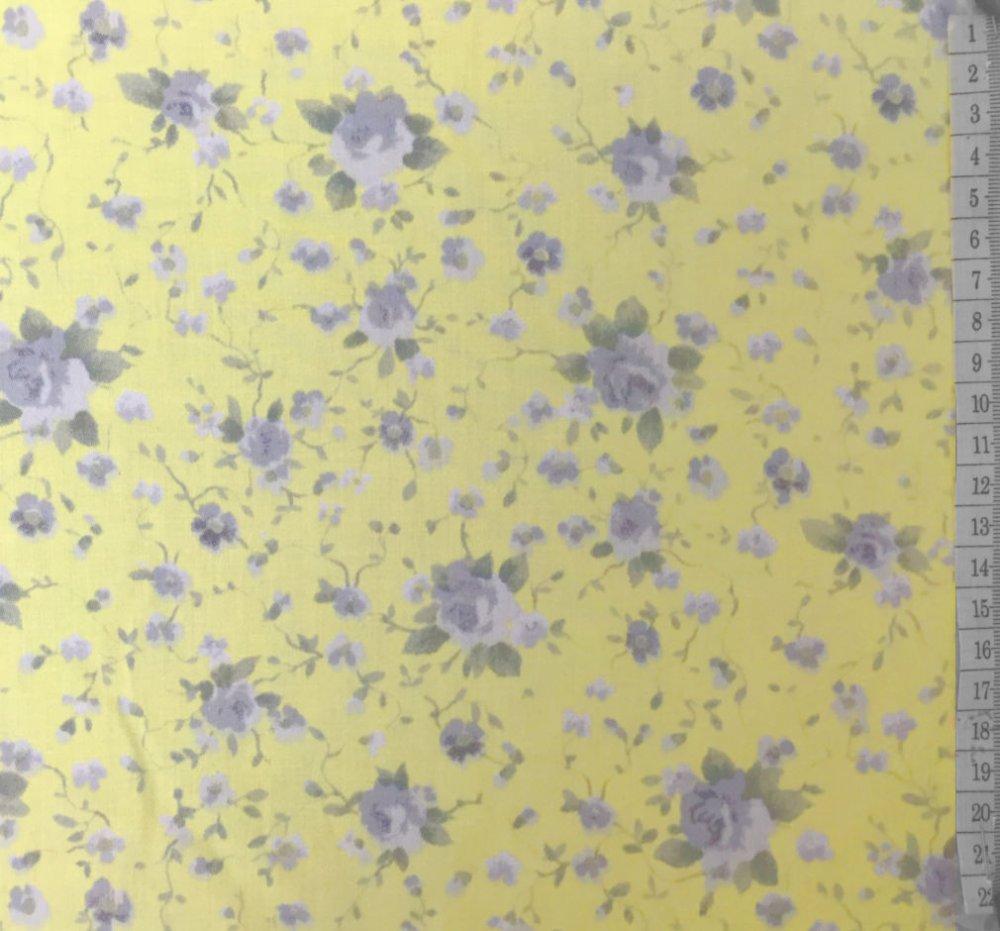בד כותנה (סאטן 200) צהוב עם פרחים אפורים - רוחב 2.5 מ'