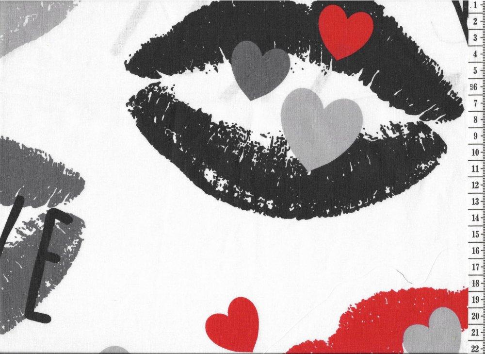 בד כותנה נשיקות - רוחב 2.5 מ'